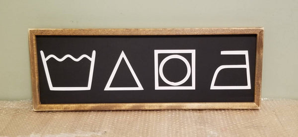 Laundry symbols sign, horizontal