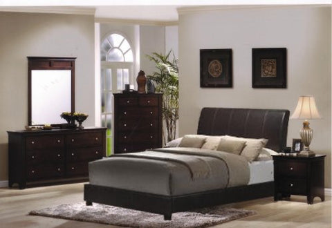 Roundhill Furniture Le Charmel 4-Piece Blended Leather Low Profile Bedroom Set, Includes Queen Bed, Dresser, Mirror and Chest