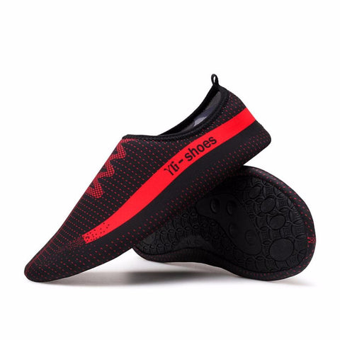 New 1 Pair Men Women Beach Shoes Outdoor Swimming Aqua Shoes Water Adult Unisex Flat Soft Seaside Shoes Walking Lover yoga Shoes