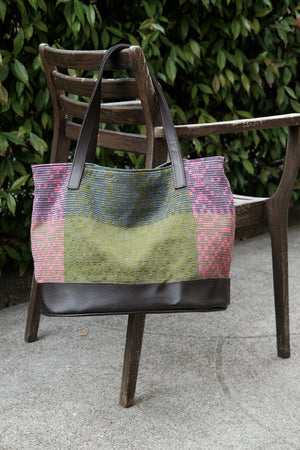 Classic Geometric Tote: Pink/Olive