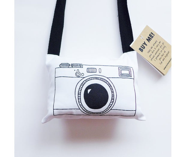 Fevrier Designs - Vintage Plush Camera