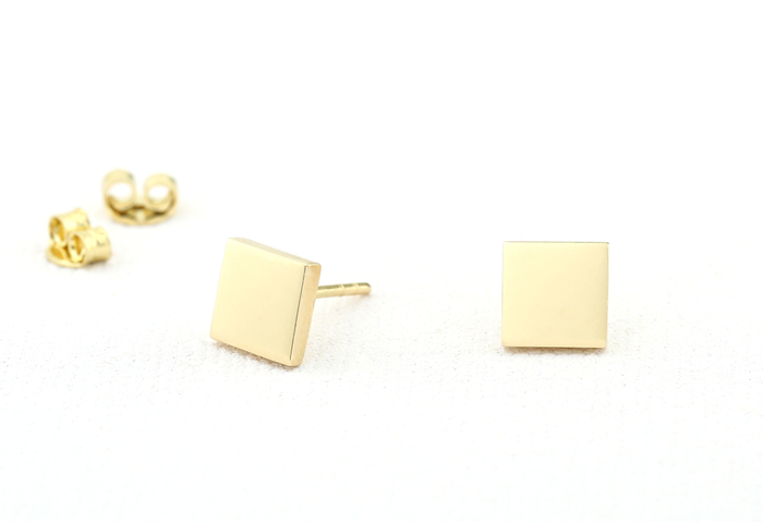 14K Gold Dainty Square Stud Earrings - Ferkos Fine Jewelry