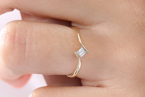 14k Baguette Diamond Promise Ring - Ferkos Fine Jewelry