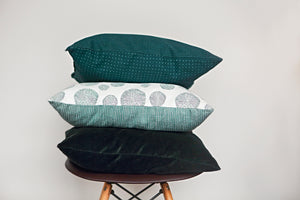 Ways to Arrange Pillows on a Bed