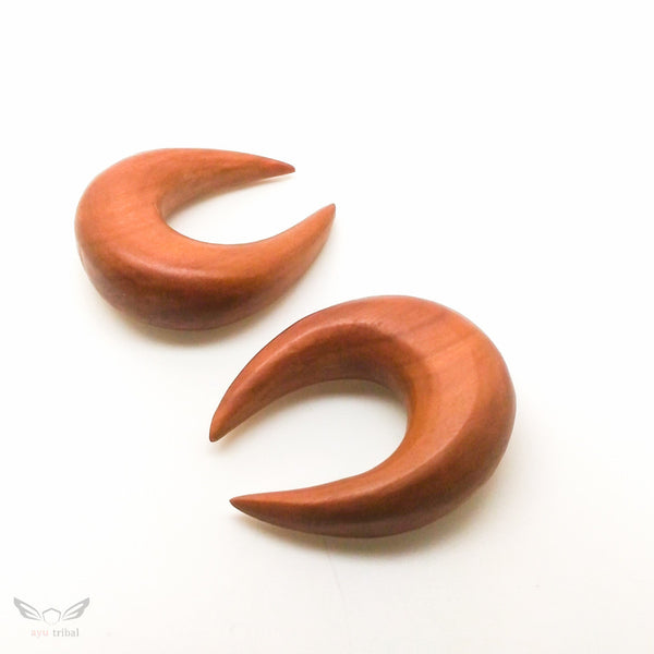 16mm gauge horn shape ear taper plugs, big wooden gauges earrings BC129-16
