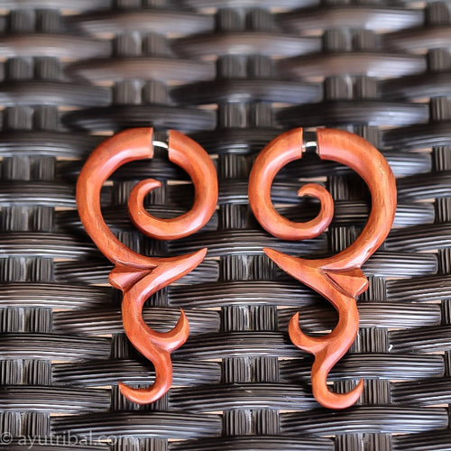 fake gauge earrings, saba wood tribal carving faux ear gauges ac062