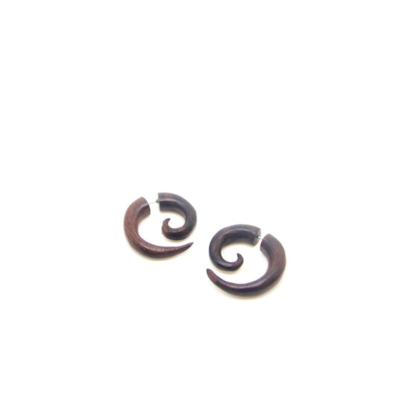 Mini spiral fake gauge earrings AA032