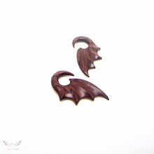 2g bat wing plug gauges ear hanger BA091-06