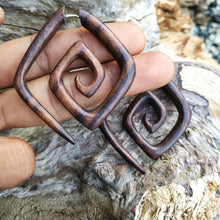 Fake gauge parallelogram double spiral sono wood earrings AA135
