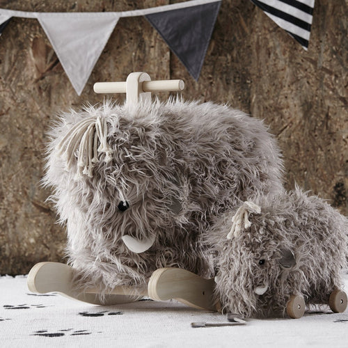 Swedish brand Kid's Concept have brought us this delightfully soft and cuddly mammoth ride on.