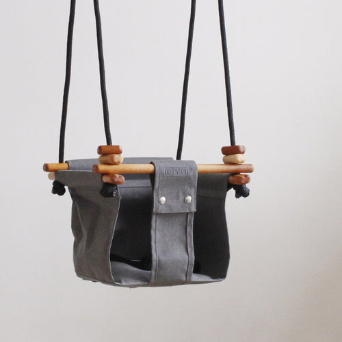 Solvej baby and toddler swing - smokey grey.