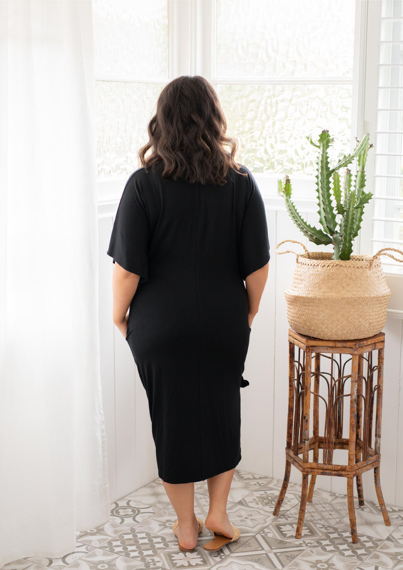 The Comfort Mama dresses for pregnancy,  labour, breastfeeding and beyond. Hendrix Black dress LBD.