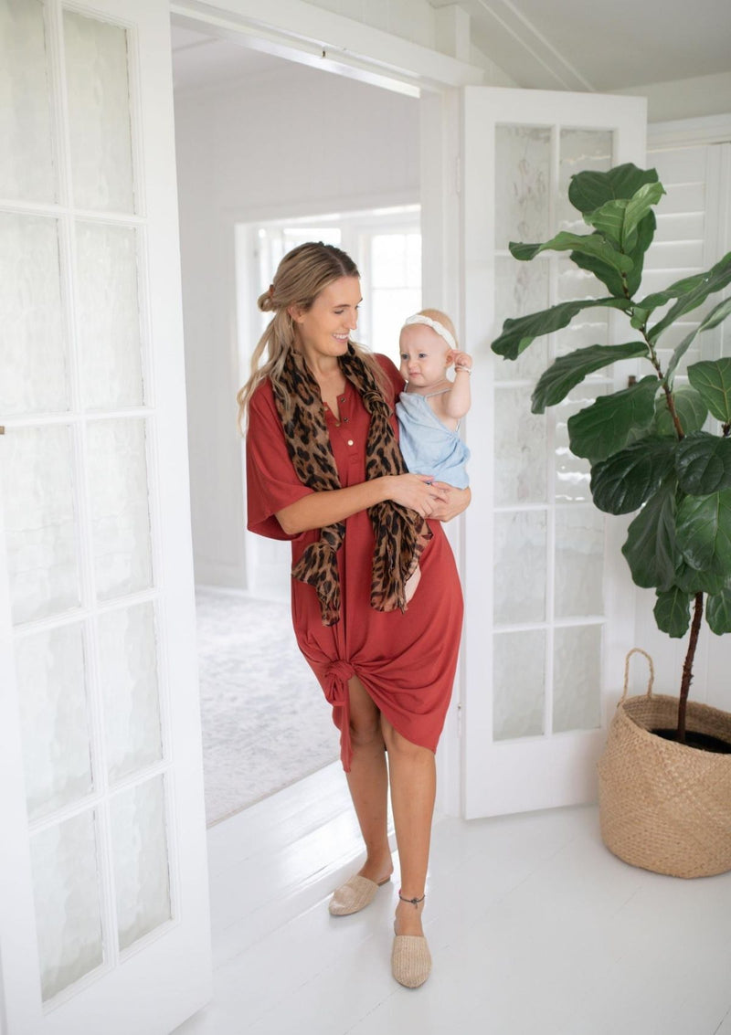 The Comfort Mama dresses for pregnancy,  labour, breastfeeding and beyond. Remi Rust Bamboo dress.