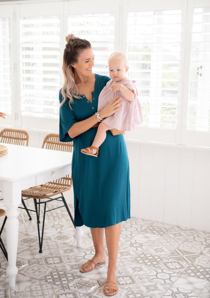 The Comfort Mama dresses for pregnancy,  labour, breastfeeding and beyond. LUNA Teal bamboo dress.