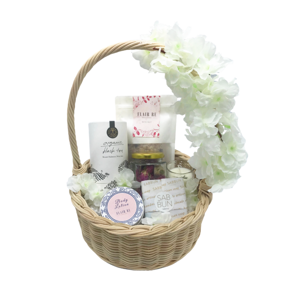 Chic Relaxation Hamper