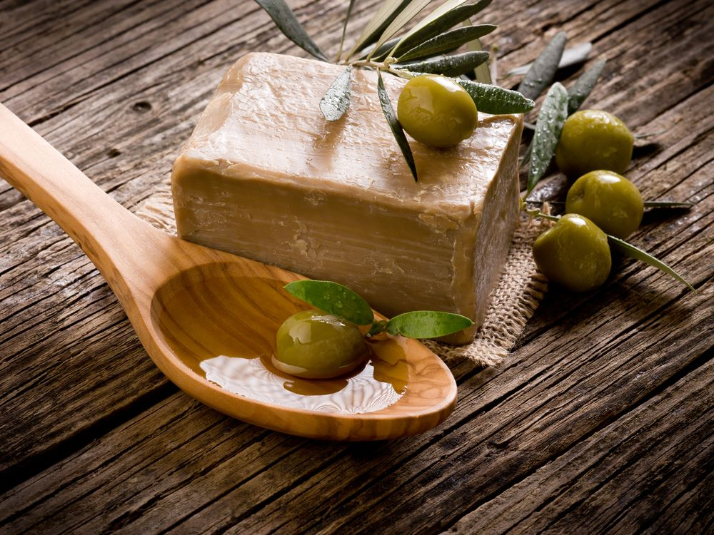 Olive Oil Soap: The benefits, how to make at home? and more