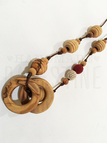 Original Little Olea with Off White & Maroon Beads