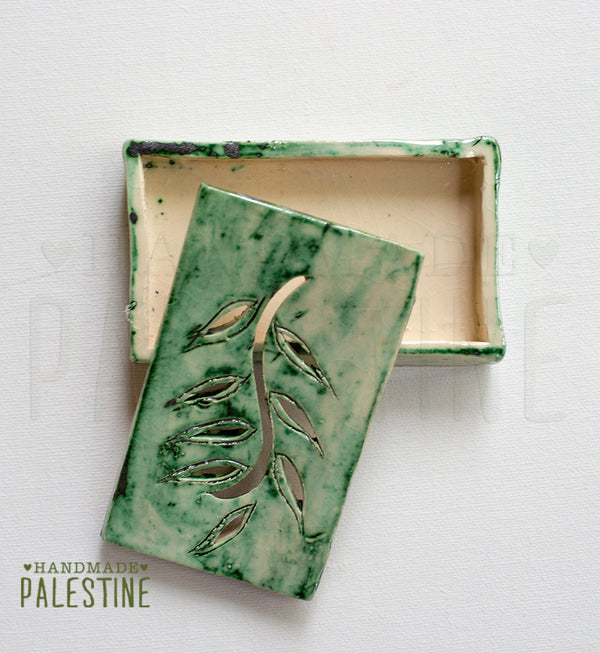 Ceramics - Ceramic Soap Dish In Olive Leaf