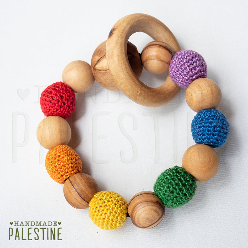 Little Olea - Teething Ring With Crocheted Beads In Rainbow