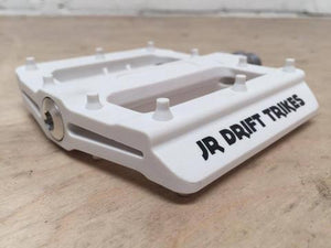 JR DRIFT TRIKES PEDALS WHITE