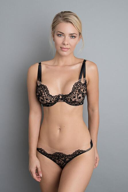 Vivien Brief