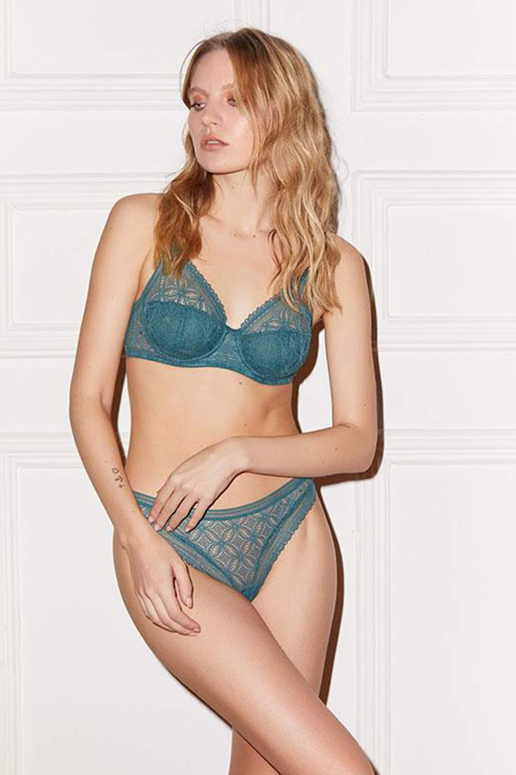 Else Chloe Thong and Underwire Bra in Jade Green