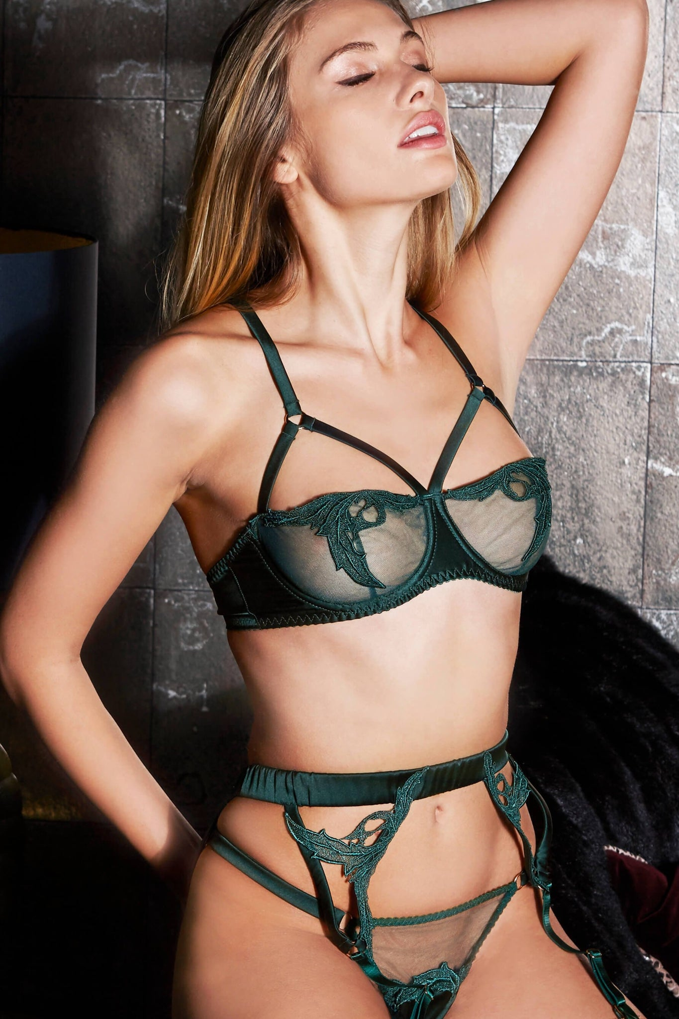 Huntress Strap Balcony Bra