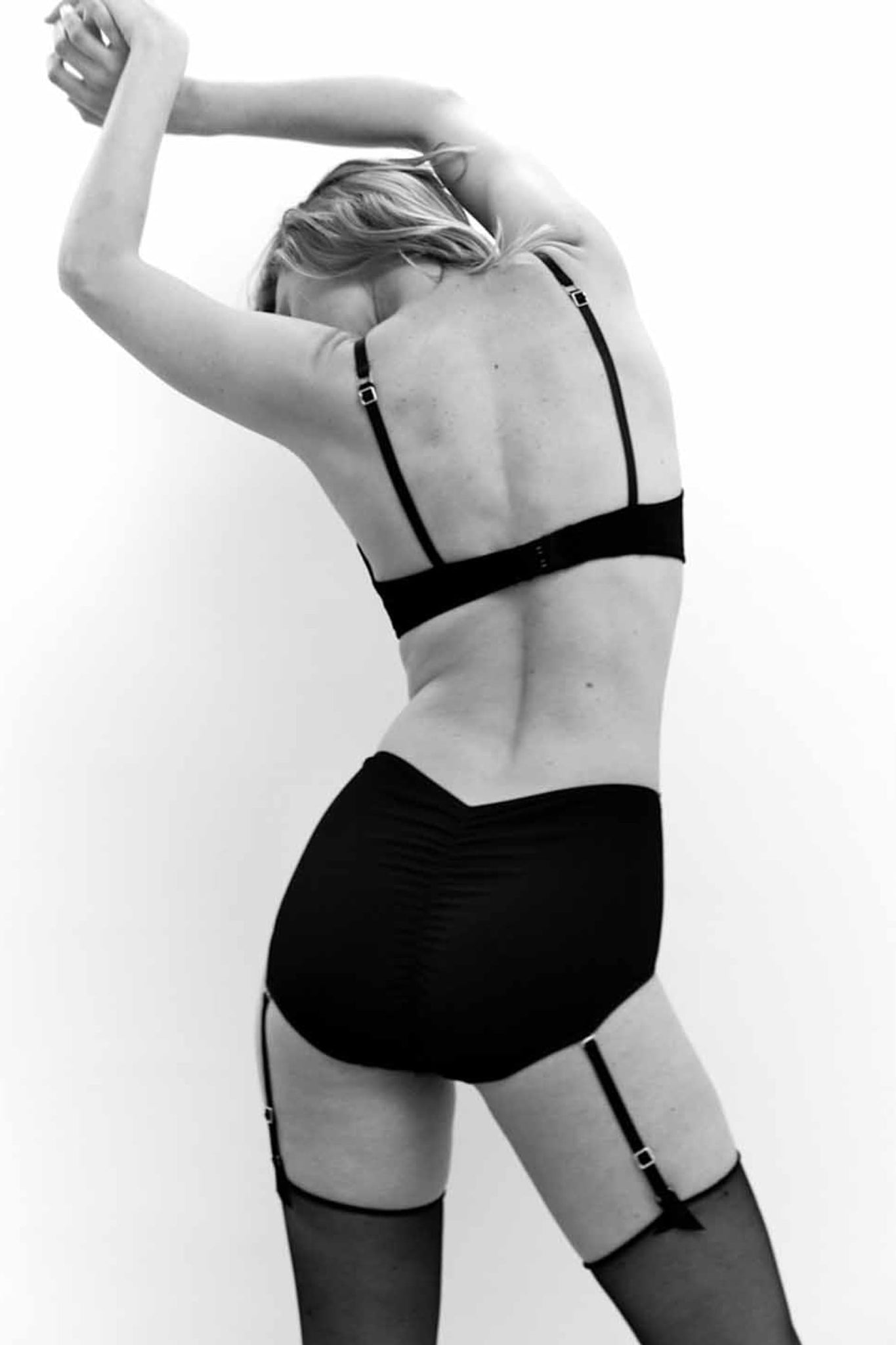 Jane High Waist Brief With Garters