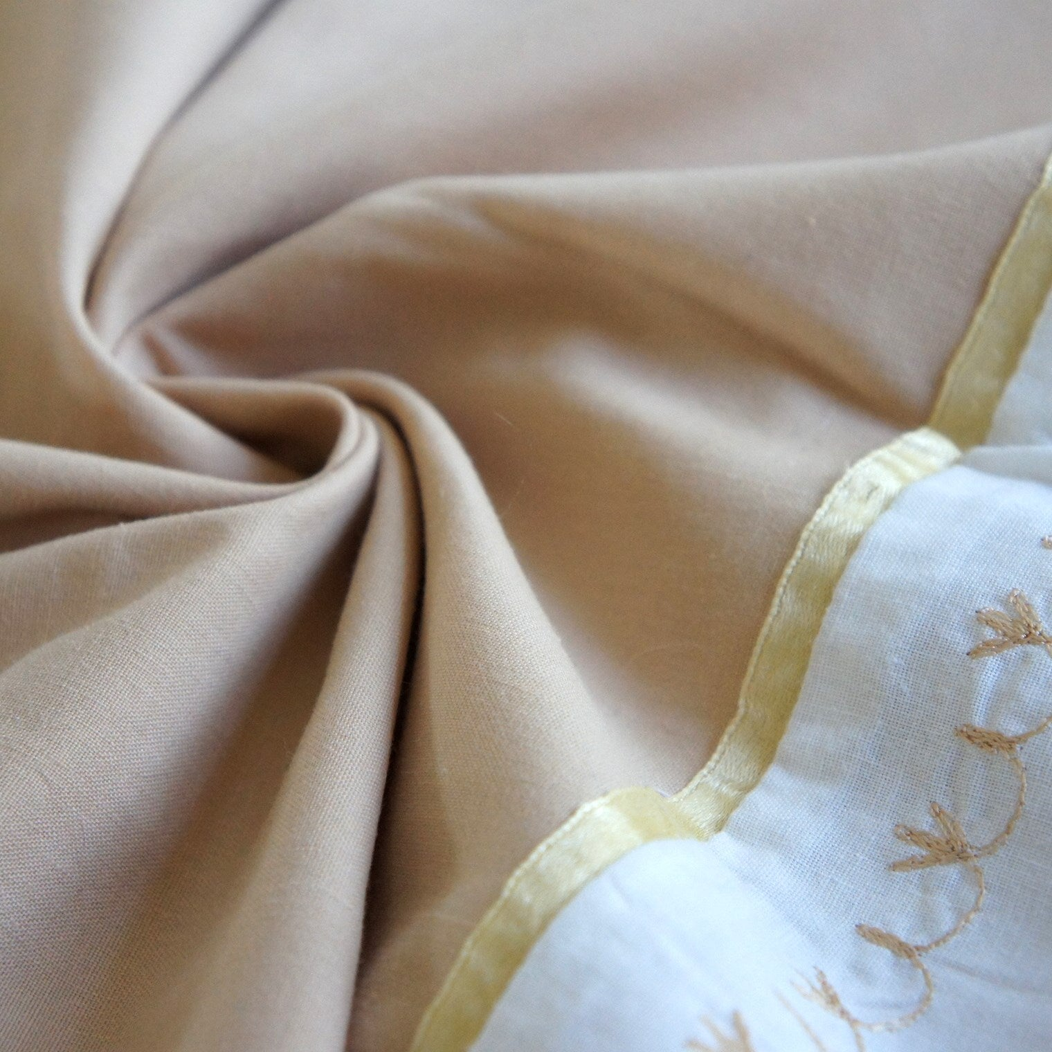 REMNANT: Golden Beige Poly-Cotton With Decoration