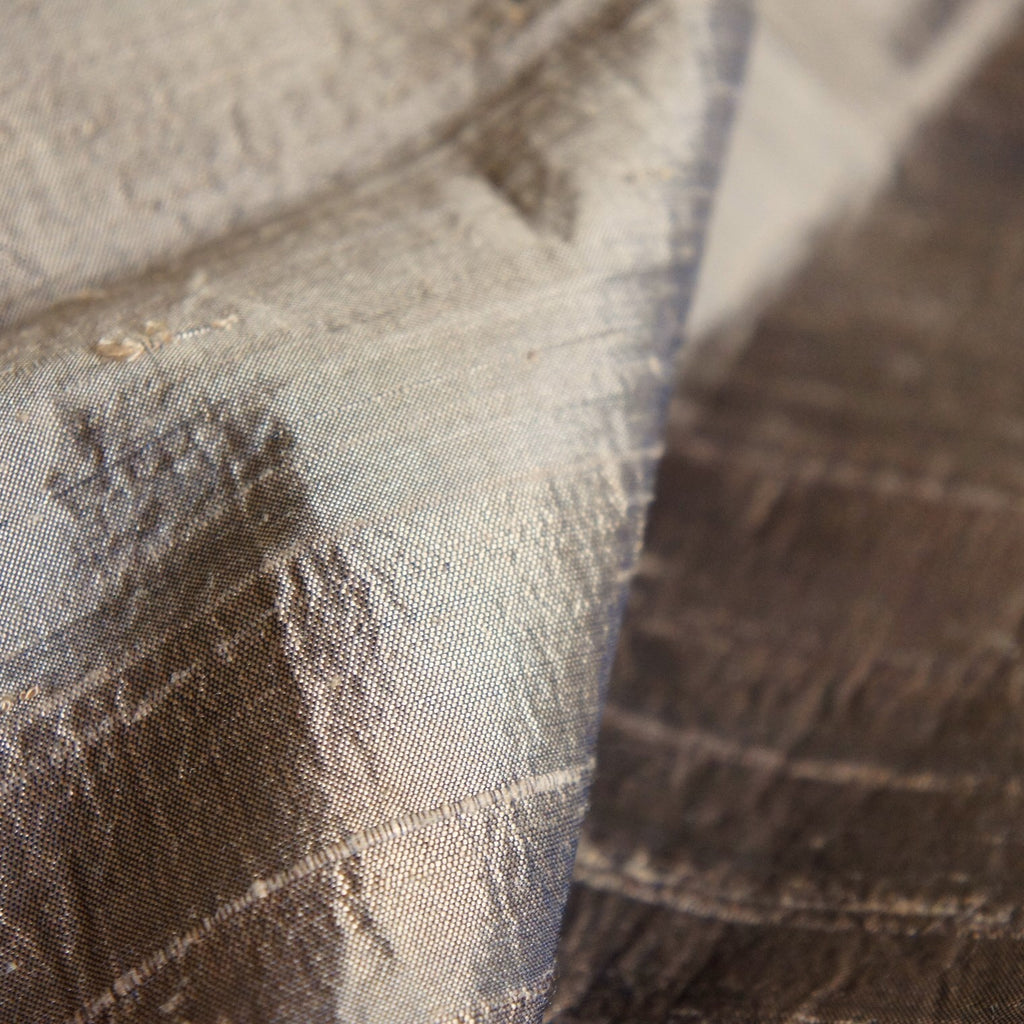 REMNANT: Brown Raw Silk Taffeta With Decoration