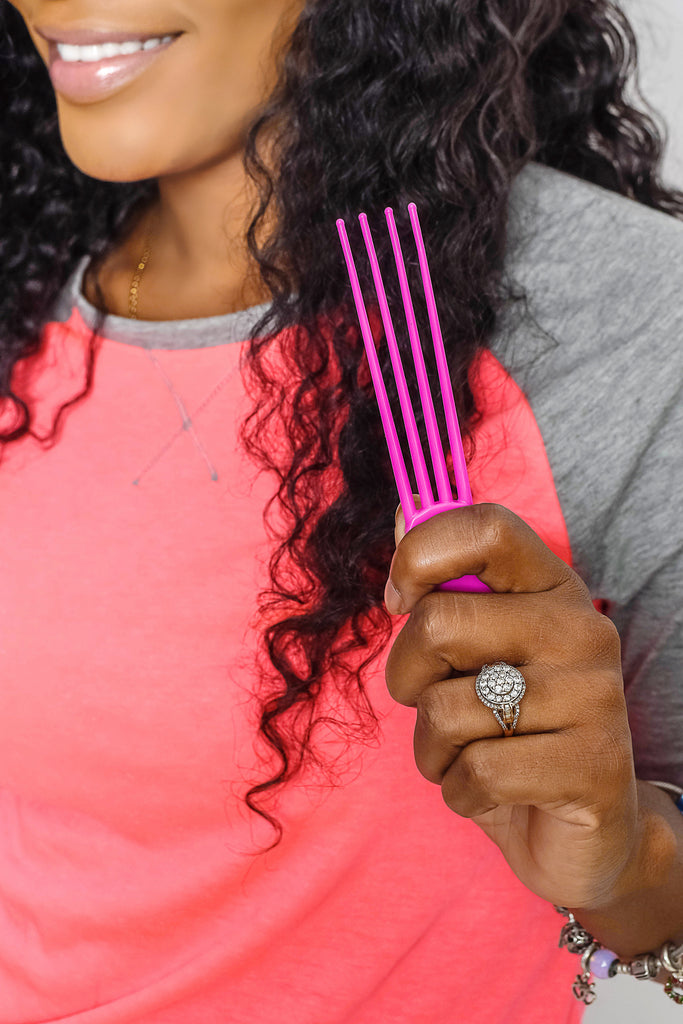 Model Using Four Pronged Scalp Scratcher Tool For Itchy Weaves Braids Locs