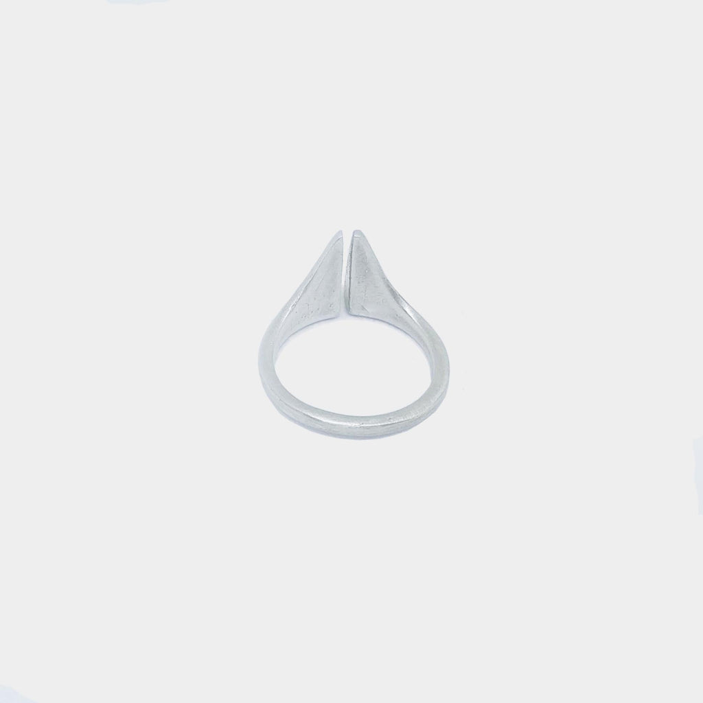 LACUNA Middie Ring - Size 4