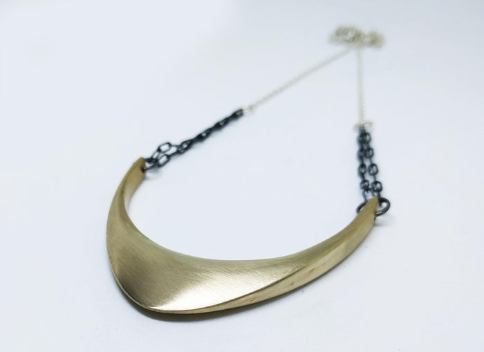 Large SOMBER Necklace