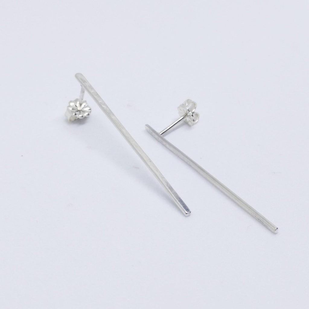Medium Hammered Studs