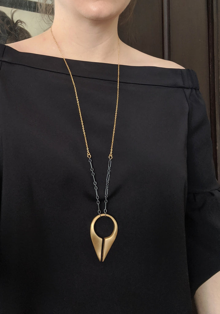 LACUNA Large Necklace