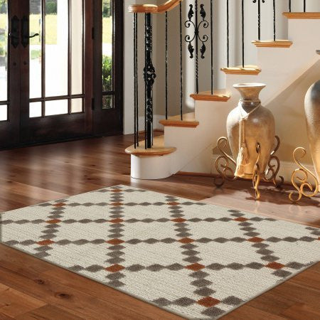 Better Homes and Gardens Super soft and eco-Friendly Dotted Diamonds Accent Rug Coral 2' 6 x 3' 10