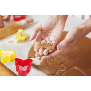Multi-shaped Plastic Cookie Cutters Cake Molds The Gingerbread Man Biscuit Cutter Set Different Sizes and Assorted Colors