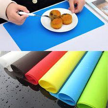 "Load image into Gallery viewer, Silicone Kitchen Non Stick Oven Proof Pastry Fondant Dough Rolling Baking Mat (Size : 16""x 11"" Inches/ 40.7 x 28.2 Cm) Brown/Coffee Colour"