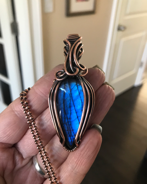 Blue Teardrop Labradorite in Antique Copper