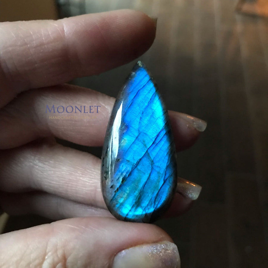 by MOONLET HANDCRAFTED JEWELRY Blue Antique Copper Pendant Necklace Wire Wrap Jewelry