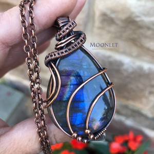 by MOONLET HANDCRAFTED JEWELRY Rainbow Labradorite antique copper wire jewelry