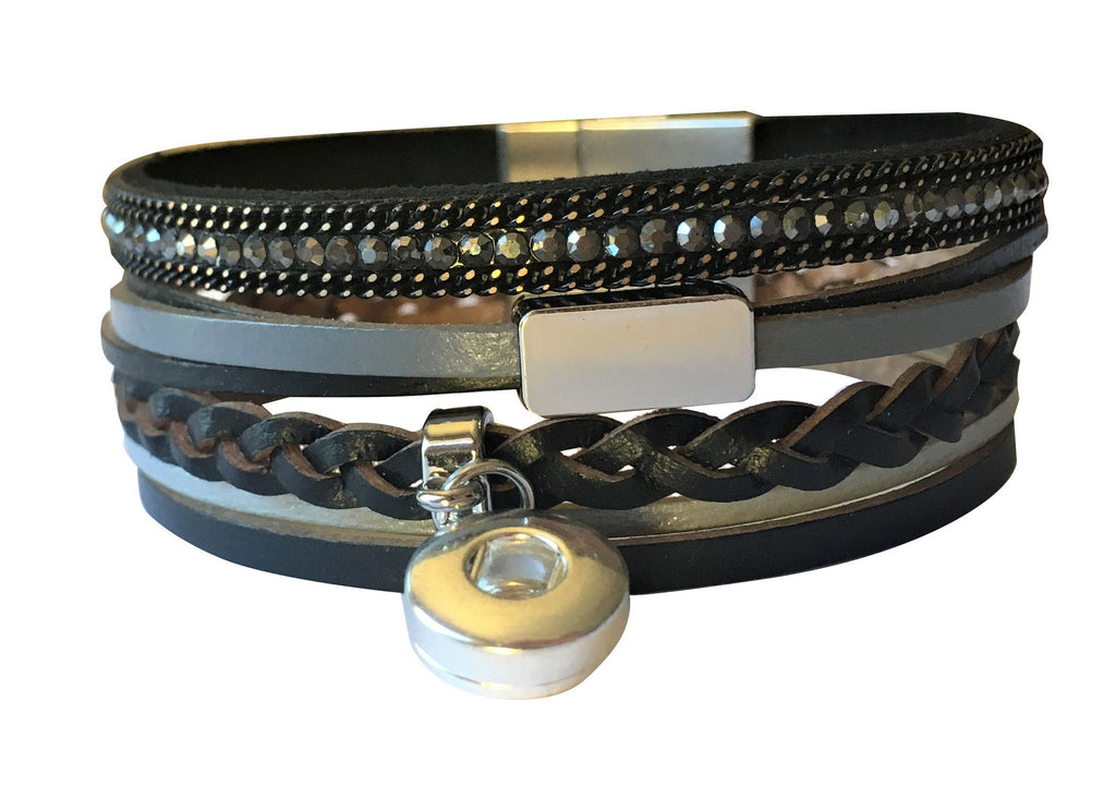 Petite leather bracelet Black with diamante and clasp