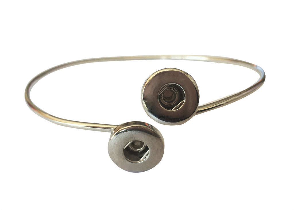 Petite delicate double snap adjustable bracelet