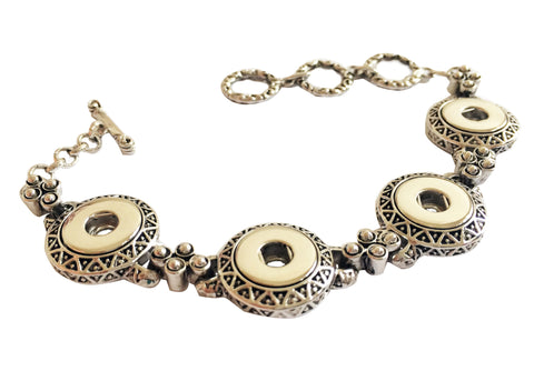 Petite 4-snap bracelet with ornate patterns