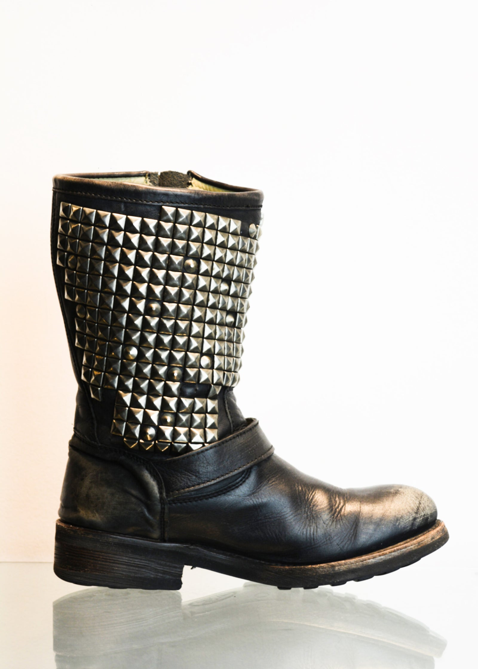 PREWORN | Preloved - 'ASH'  Trash Biker Boot - Size 6 UK