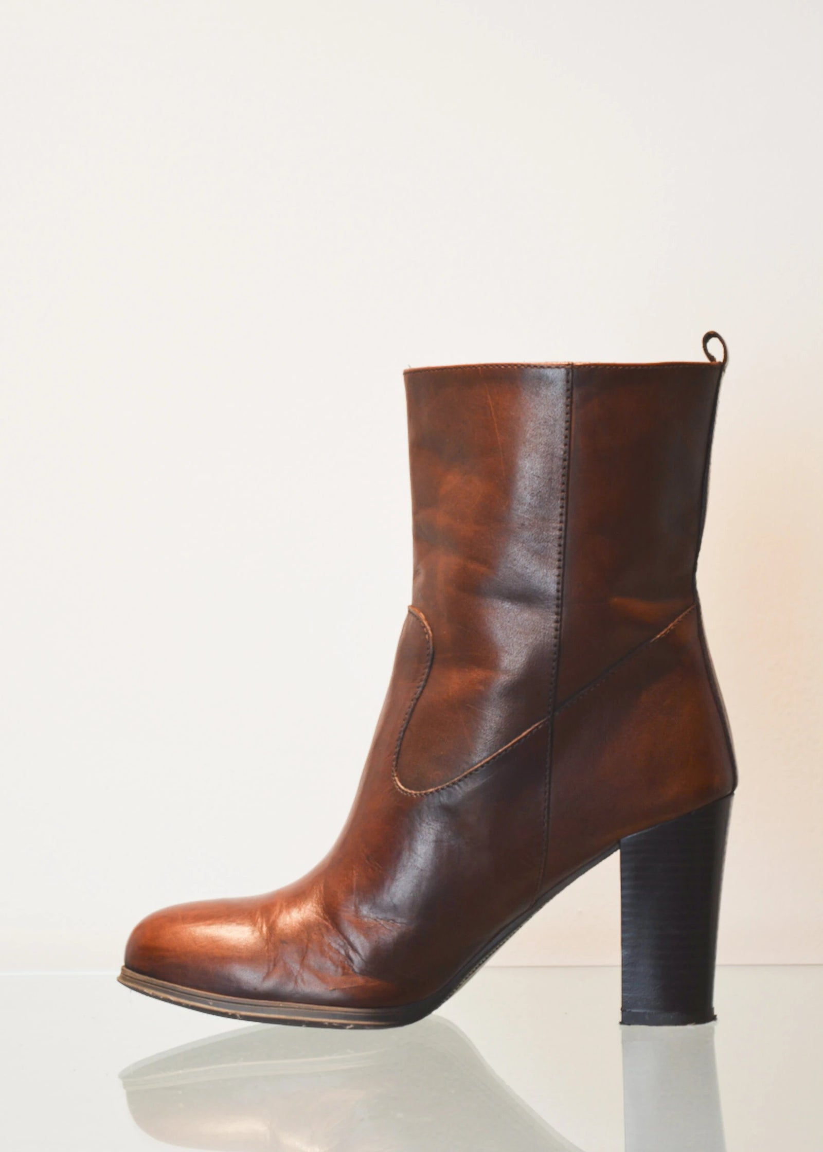 PREWORN | Preloved - 'La Scarpa' Healed Boot - Size 5 UK