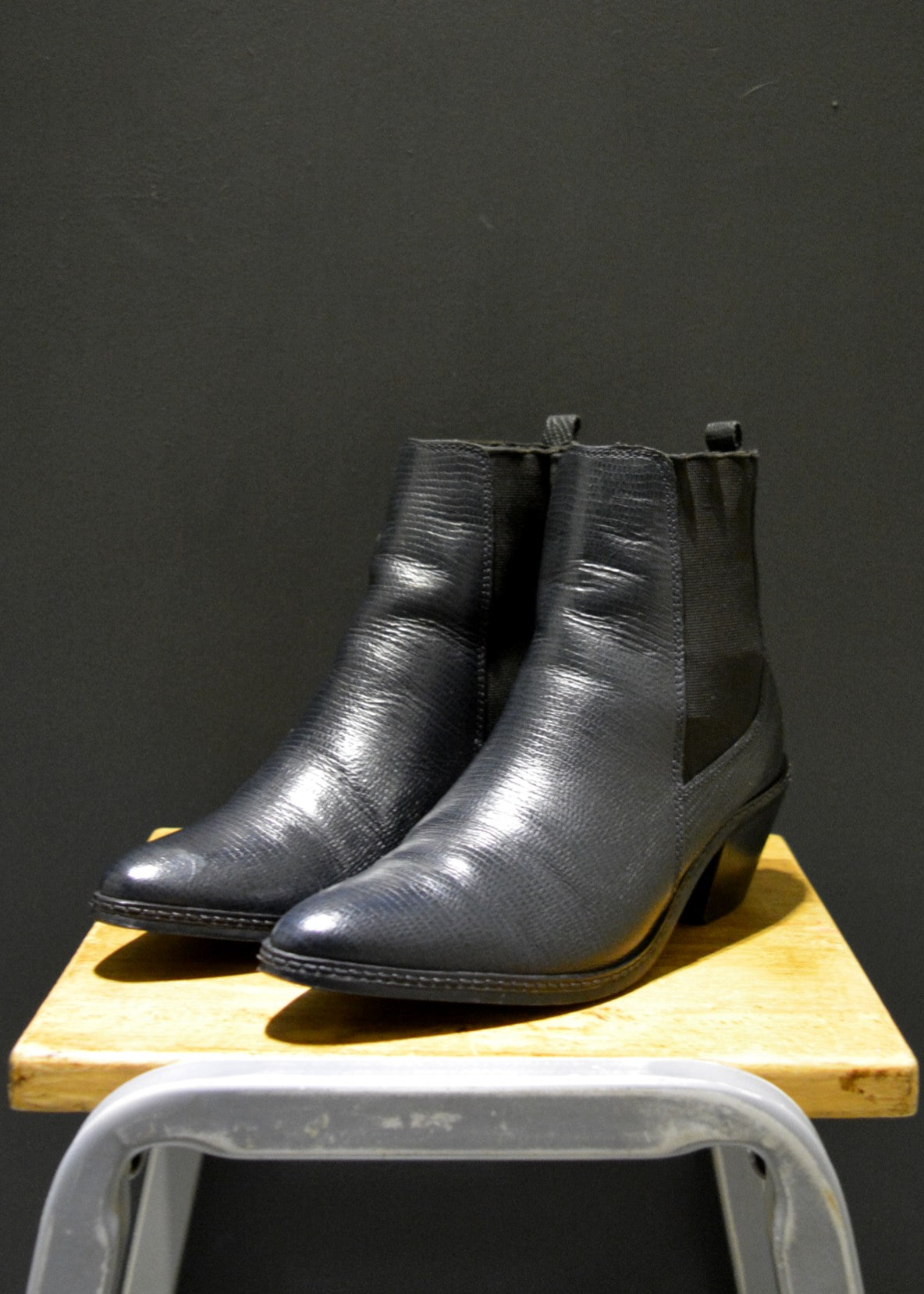 Preworn | Preloved - 'HUDSON' Rock Chic Chelsea  Boot - Size 6.5 UK