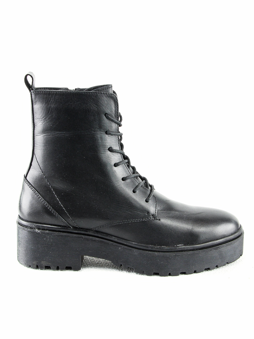 MATILDA | Leather Lace-Up Boots | Black