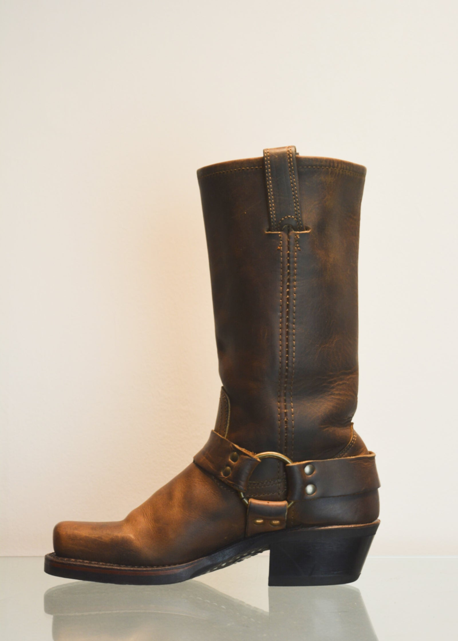 PREWORN | Preloved - 'FRYE' Harness 12R Boot - Size 3.5 UK