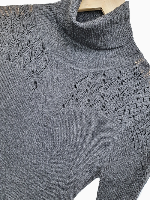 TASSA | Intricate Patterened Knit Top | Anthracite